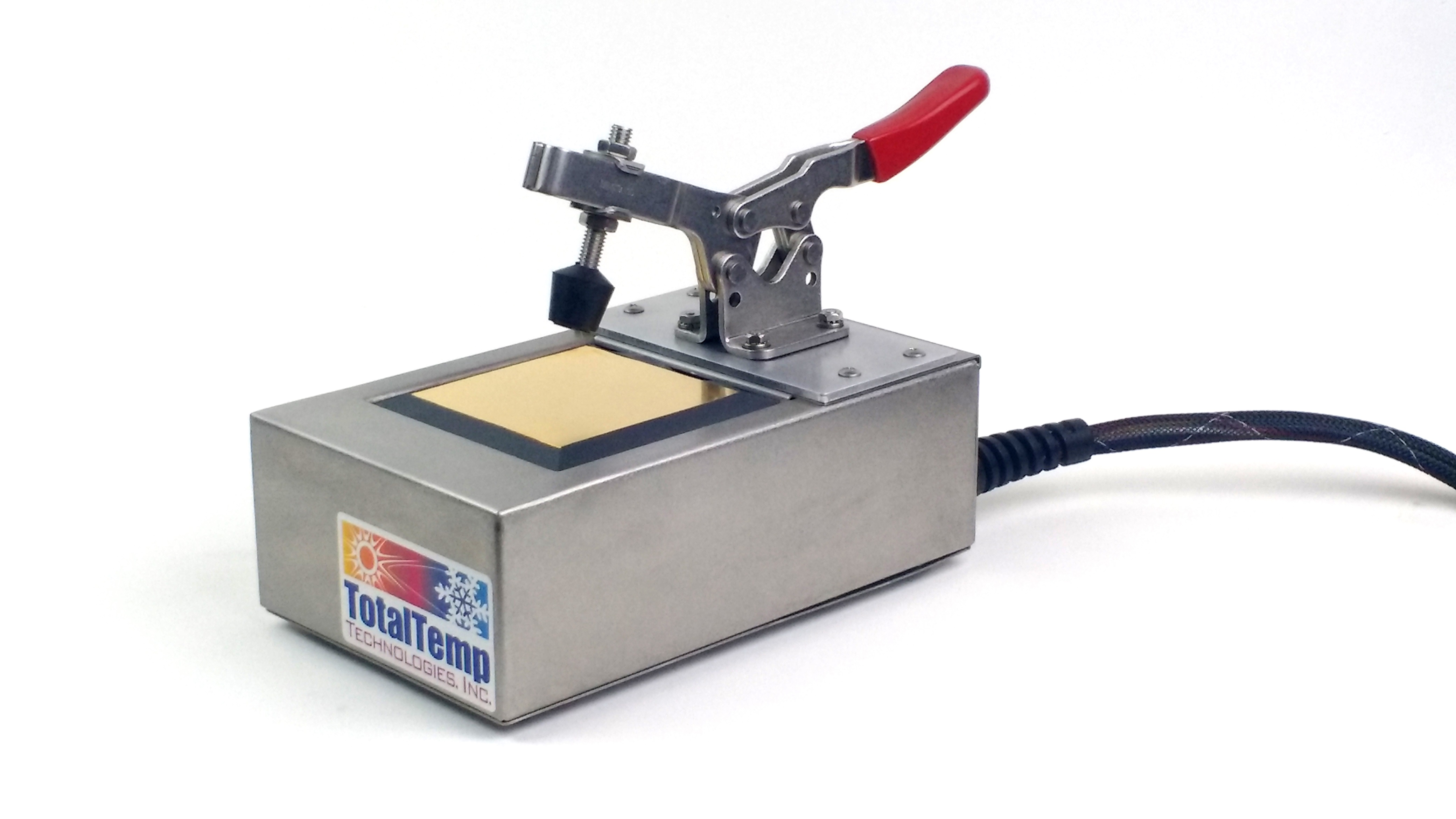 Small Thermal Platform SD14 with a Gold Plated Surface and an Adjustable Toggle Clamp